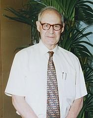 Excmo. Sr. D. Emiliano Aguirre Enríquez