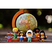 Campaña de recogida de material escolar y juguetes