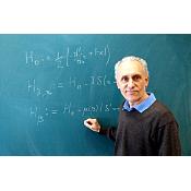 El matemático Silvestro Fassari investiga la modelización matemática del grafeno