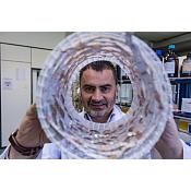 Gustavo Espino, investigación fotocatalizador. UBU/Diego Herrera