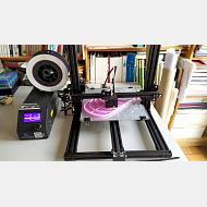 Decenas de impresoras 3D funcionando en Burgos para ayudar al sistema sanitario