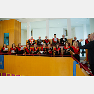 Coro de la Universidad de Burgos dirigido por el Dr. Javier Centeno Martín